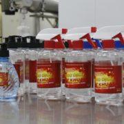 ĐH Bách khoa Hà Nội điều chế nước sát khuẩn cho sinh viên
